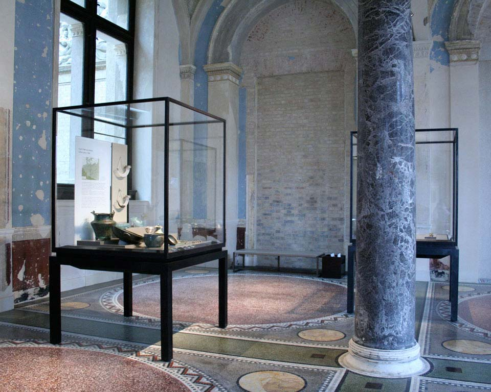 Neues_Museum_Berlin image